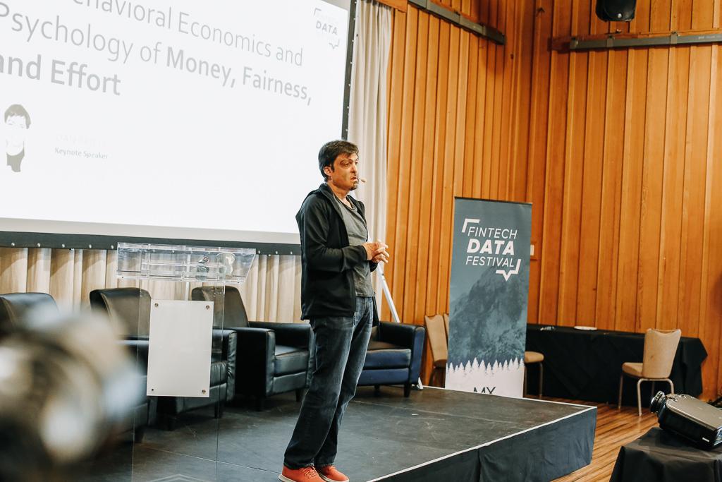 Fintech Fall 19_Dan Ariely on stage